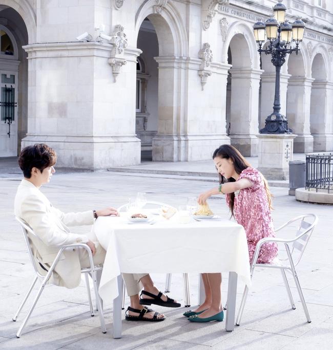 Xem lại những cảnh phim này của Lee Min Ho, các cặp đôi chỉ muốn sánh vai nhau lên đường ngay dịp lễ 4