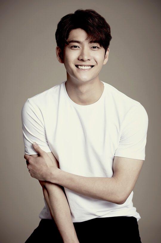 Kang Tae Oh của 'Tuổi thanh xuân' tham gia cùng Kim So Hyun và Jang Dong Yoon trong 'Mung Bean Chronicles' 0