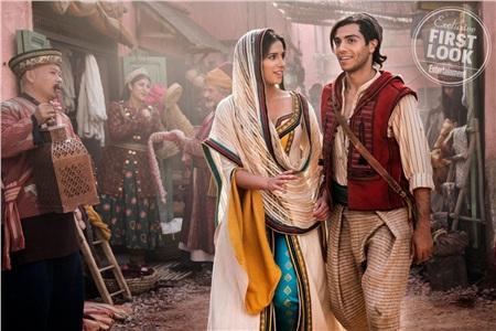 Tại sao công chúa Jasmine trong 'Aladdin' 2019 không... ăn mặc hở hang như bản hoạt hình? 6
