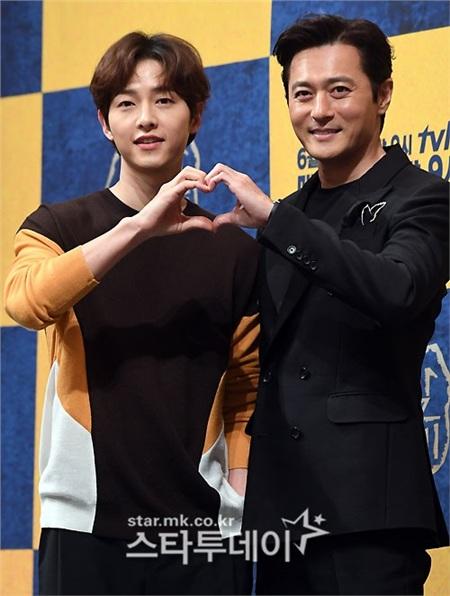 Song Joong Ki tiết lộ những thay đổi sau khi kết hôn với Song Hye Kyo tại họp báo 'Arthdal Chronicles' 6