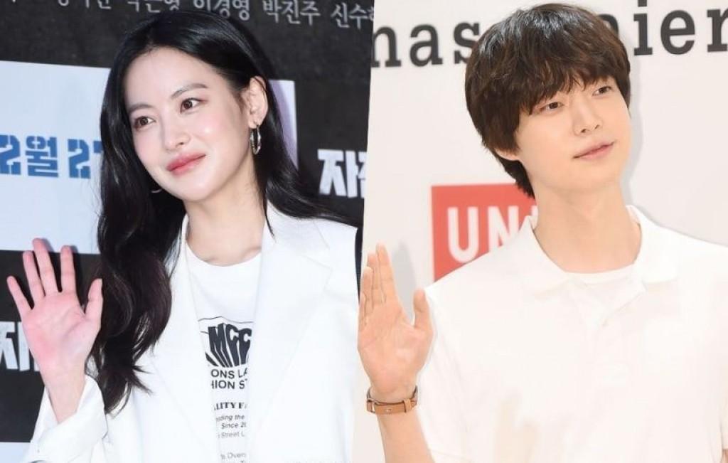 Ahn Jae Hyun và Oh Yeon Seo đang thực hiện các cảnh quay trong bộ phim tình cảm People with flaws.