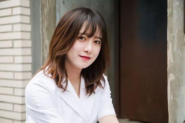 Việc Ahn Jae Hyun quá thân thiết với các diễn viên nữ khi đóng phim khiến Goo Hye Sun ghen lồng lộn?