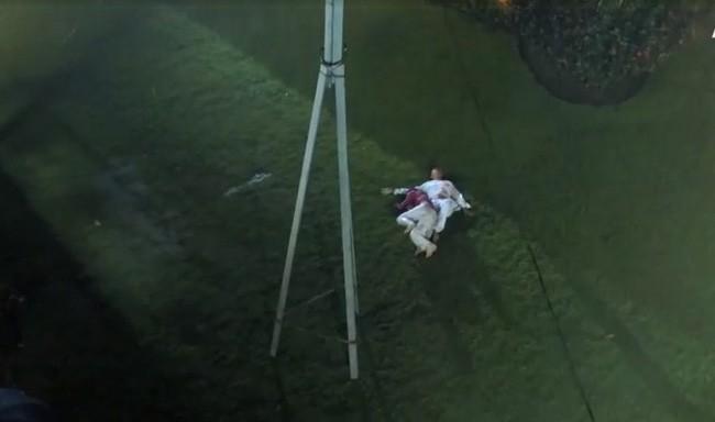 Lý do có tên 'Tiếng sét trong mưa': Vì con gái Thị Bình ngủ với anh trai, tự sát bằng điện giật giữa mưa bão? 3