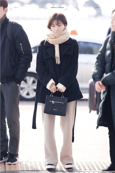 'Siêu năng lực' của idol Hàn: Biến mọi bộ cánh tầm thường trở thành sang xịn khiến ai cũng muốn bắt chước theo 5