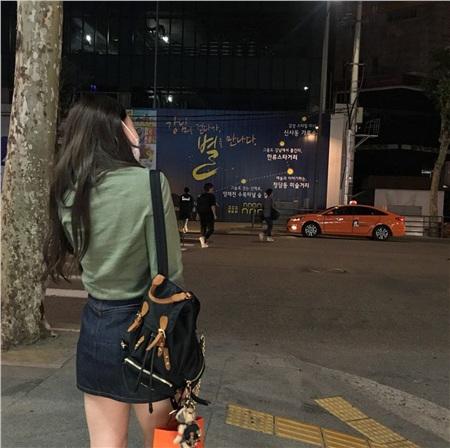 'Siêu năng lực' của idol Hàn: Biến mọi bộ cánh tầm thường trở thành sang xịn khiến ai cũng muốn bắt chước theo 9