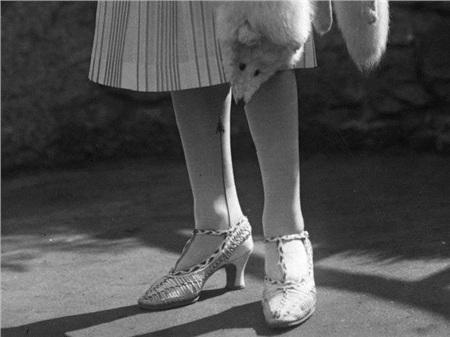 Giày cao gót của phái đẹp đã thay đổi thế nào suốt 100 năm qua 1