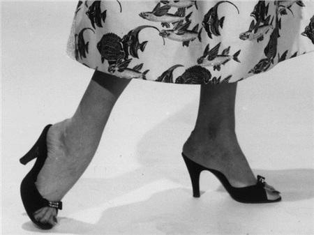 Giày cao gót của phái đẹp đã thay đổi thế nào suốt 100 năm qua 4