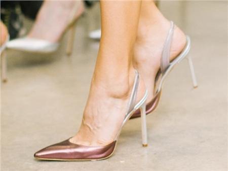 Giày cao gót của phái đẹp đã thay đổi thế nào suốt 100 năm qua 14