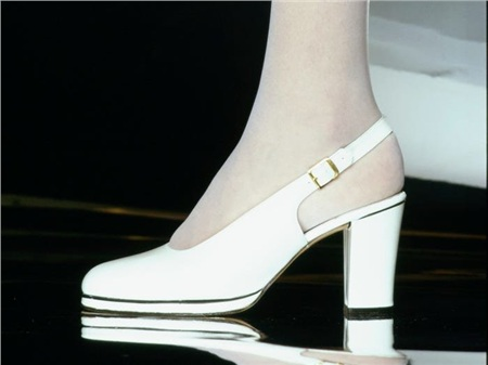 Giày cao gót của phái đẹp đã thay đổi thế nào suốt 100 năm qua 18