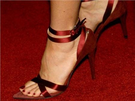 Giày cao gót của phái đẹp đã thay đổi thế nào suốt 100 năm qua 20