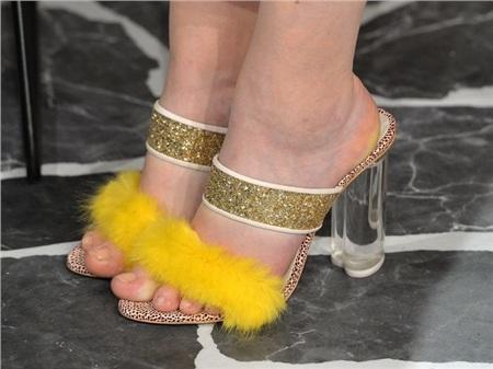 Giày cao gót của phái đẹp đã thay đổi thế nào suốt 100 năm qua 26