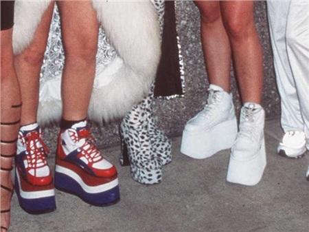 Giày cao gót của phái đẹp đã thay đổi thế nào suốt 100 năm qua 25