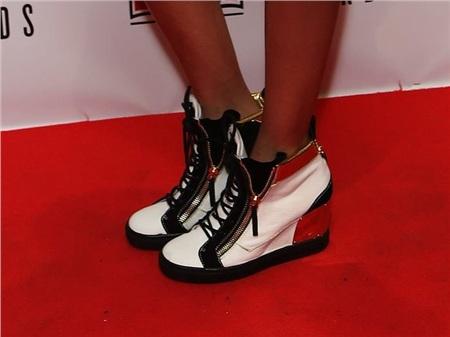 Giày cao gót của phái đẹp đã thay đổi thế nào suốt 100 năm qua 34