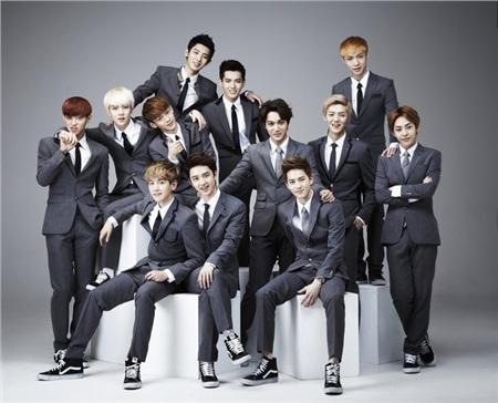 Nhóm EXO vào năm 2013.