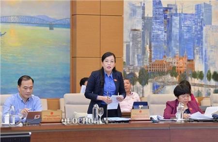 Bà Nguyễn Thanh Hải cho rằngBộ cần tiếp tục rà soát, công khai những sai sót trong phần mềm chấm thi
