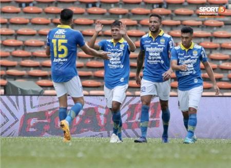 Chiến thắng 2-0 trước Hà Nội FC giúp Persib Bandung có được 5 điểm sau 2 trận đã đấu. Theo thể thức của Asia Challenge 2020, mỗi trận thắng tính 3 điểm, mỗi bàn thắng tính thêm 1 điểm. Họ kết thúc giải với vị trí thứ 3 chung cuộc. Ngôi nhất nhì sẽ được phân định sau trận đấu giữa True Bangkok United và chủ nhà Selangor FC khi cả hai đang cùng có 6 điểm.