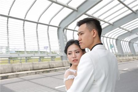 Cặp đôi chưa yêu đã có ảnh cưới, lần đầu hẹn hò đầu tiên là đưa nhau vào... phòng khám 2