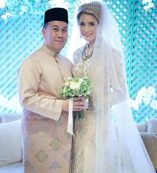 Hôn lễ giản dị và ấm cúng của Thái tử Malaysia với vị hôn thê là người nước ngoài.