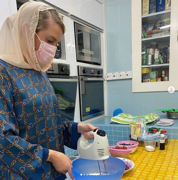 Nàng dâu hoàng gia cũng nhiều lần tự tay xuống bếp nấu ăn.