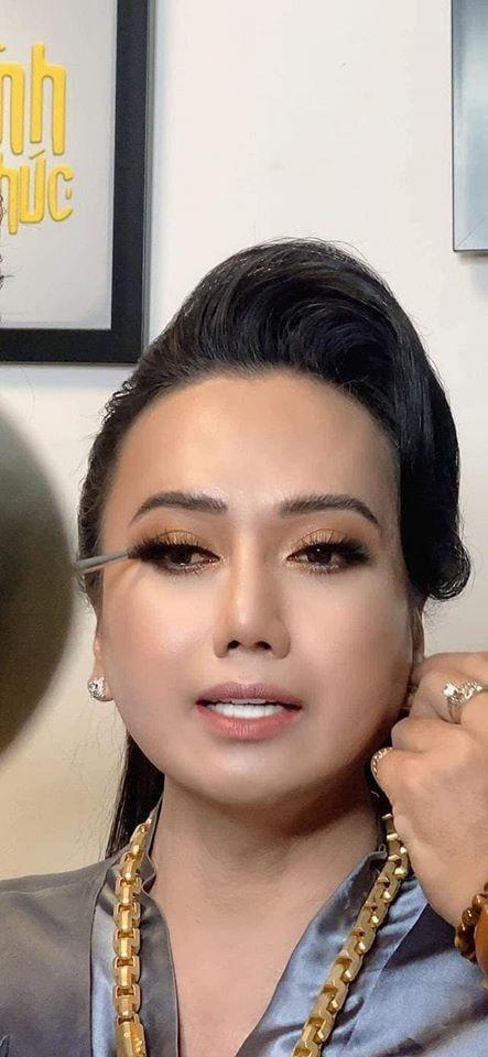 'Cô Minh Hiếu' hé lộ danh tính người chồng thứ 11 khiến cộng đồng mạng đặt nghi vấn 0