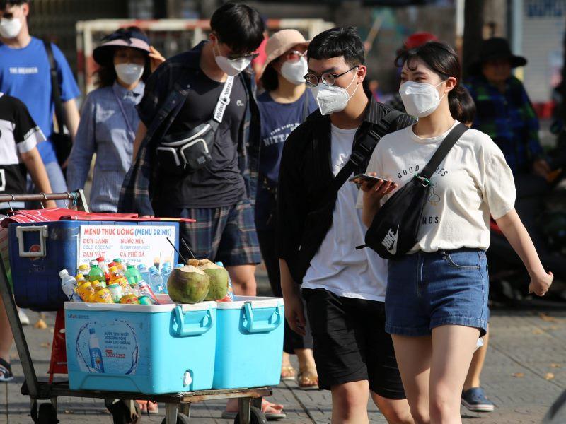 Du khách nói gì khi đến Việt Nam trong đợt dịch Corona?