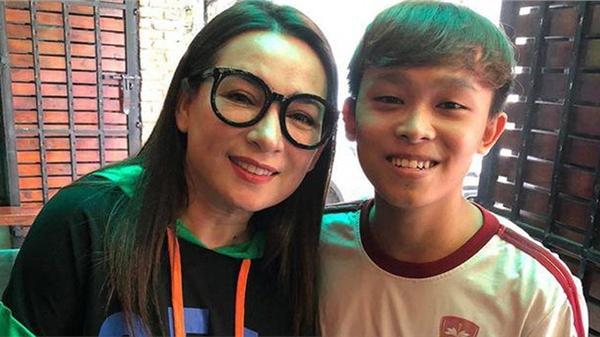 Nhạc sĩ nổi tiếng chỉ ra điểm nghi vấn Phi Nhung và bố mẹ Hồ Văn Cường không trung thực trong vụ lùm xùm
