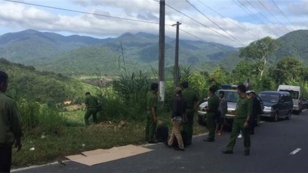 Nghệ An: Phát hiện người đàn ông chết gục bên khẩu súng