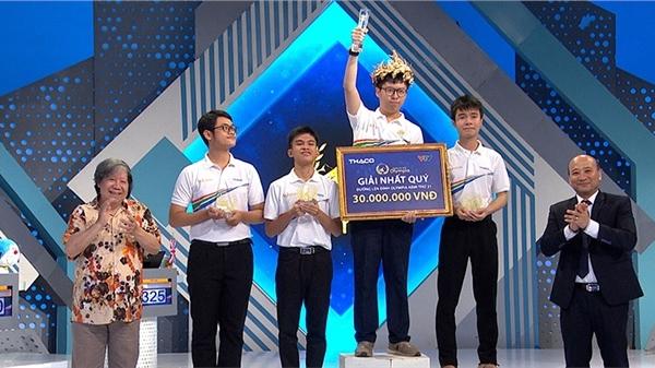 Thí sinh phá kỷ lục Olympia góp mặt vào chung kết năm sau trận đấu nghẹt thở