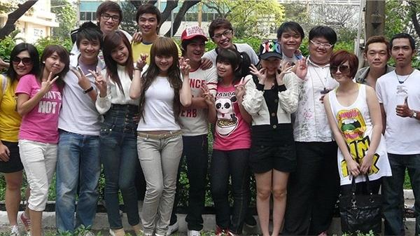 Ngô Kiến Huy đăng lại ảnh 'xa lắc xa lơ', netizen vỡ òa: 'Thanh xuân của9x đây rồi!'