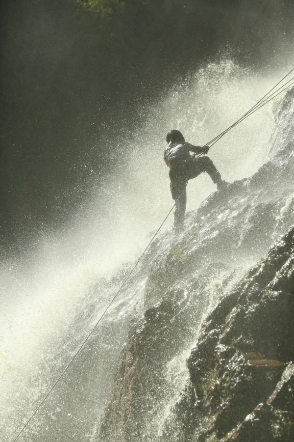 Ngọc Thanh Tâm trượt ngã nguy hiểm khi vượt thác nước 7 tầng, Phương Anh Đào cãi nhau căng thẳng với Phương Oanh, Oxy 3