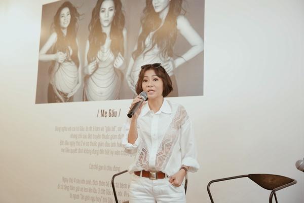 Sau 4 năm làm mẹ, ca sĩ Thu Minh lần đầu để lộ ảnh cận mặt con trai 9