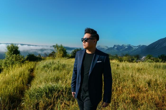Sau 2 năm,'hit-maker' Vương Anh Tú chính thức trở lại với bản ballad 'lụi tim' 0