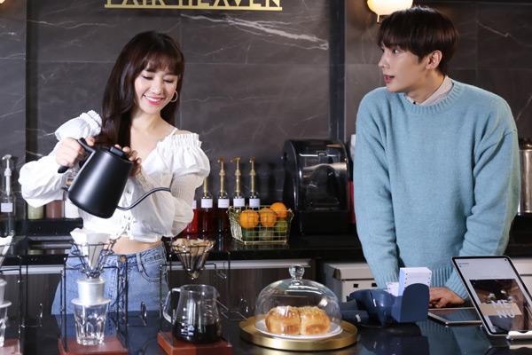 Cùng với sự hưởng ứng nồi nhiệt của hàng ngàn khán giả, cả Hari Won và Jung Min đều mong muốn ca khúc lần này sẽ đón nhận thêm nhiều sự yêu mến khi được chính thức ra mắt.