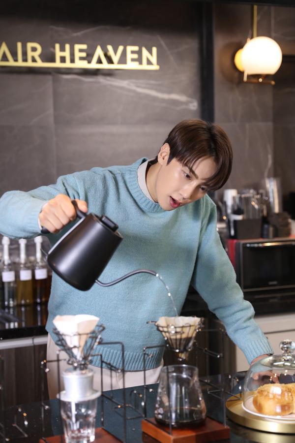 Hari Won lần đầu kết hợp cùng tài tử Hàn Quốc Park Jung Min với MV OST cực lãng mạn 4