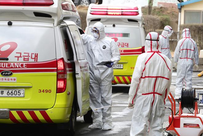 Số người nhiễm Covid -19 mới tại Hàn Quốc tăng vọt, vượt cả Trung Quốc 1