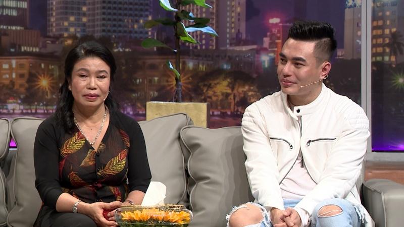 Không hài lòng ngoại hình, Lê Dương Bảo Lâm từng giấu mẹ bán dây chuyền vàng lấy tiền sửa mũi 1