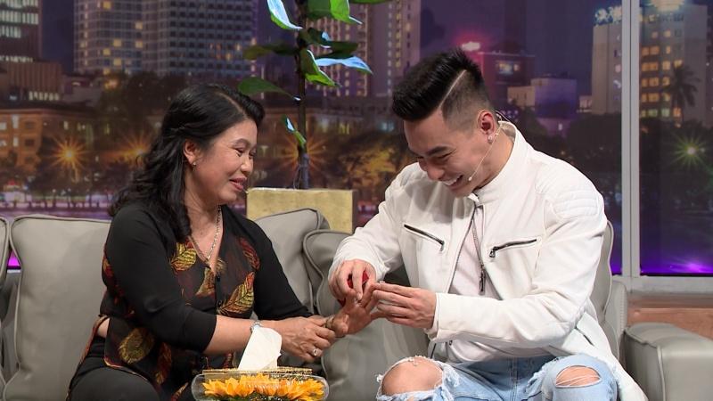 Không hài lòng ngoại hình, Lê Dương Bảo Lâm từng giấu mẹ bán dây chuyền vàng lấy tiền sửa mũi 5