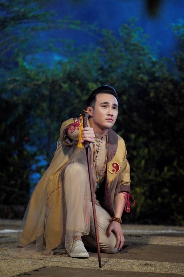 Giữa mùa dịch, Huỳnh Lập tung 'Pháp sư mù' lên nền tảng online, nối dài hành trình tiếp cận khán giả 0