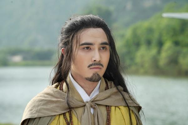 Giữa mùa dịch, Huỳnh Lập tung 'Pháp sư mù' lên nền tảng online, nối dài hành trình tiếp cận khán giả 6