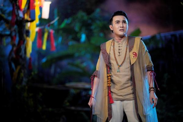 Giữa mùa dịch, Huỳnh Lập tung 'Pháp sư mù' lên nền tảng online, nối dài hành trình tiếp cận khán giả 2