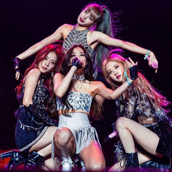 Đã gần 1 năm kể từ ngày Black Pink trở lại cùng 'Kill This Love', người hâm mộ không khỏi mong ngóng các cô gái trở lại với sản phẩm âm nhạc mới.