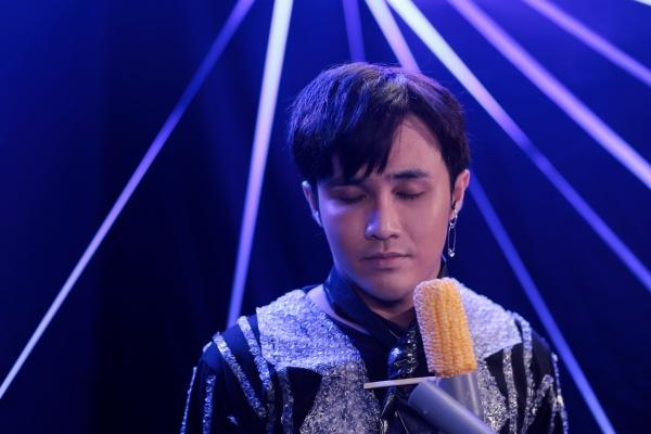 Huỳnh Lập tung MV parody 'Em không sai, chứ ai sai?' phiên bản... 'thiếu kinh phí' 0